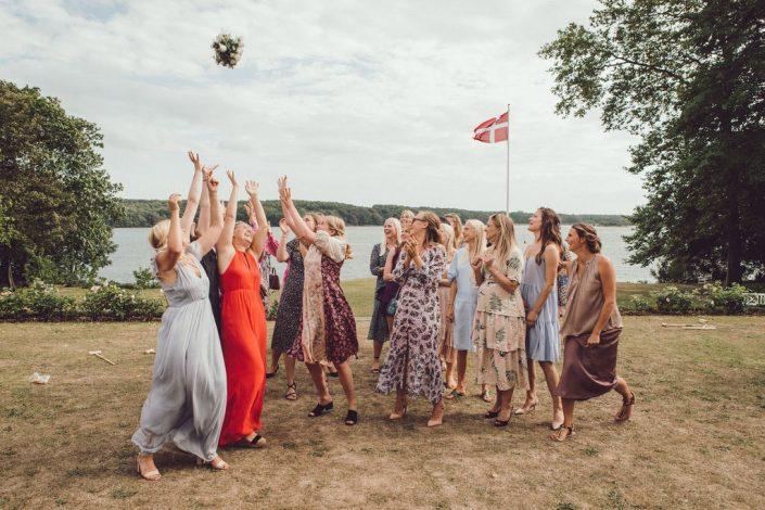 bryllupsfotograf_mads_eneqvist_IMG_1040-min-705x470 Bryllupsbilleder
