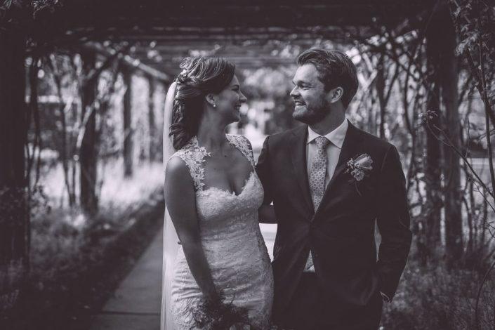 bryllupsfotograf_mads_eneqvist_IMG_4237-min-705x470 Bryllupsbilleder